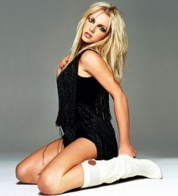 Britney Spears pose