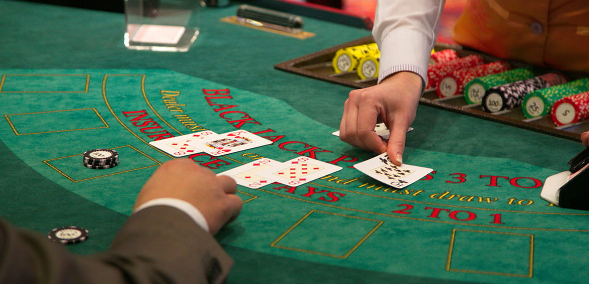Dealer Taruhan Sisi Blackjack